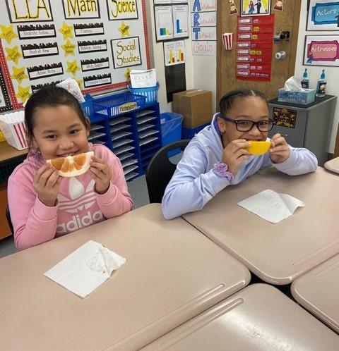 Utica City School District Expands Fresh Fruit and Vegetable Program